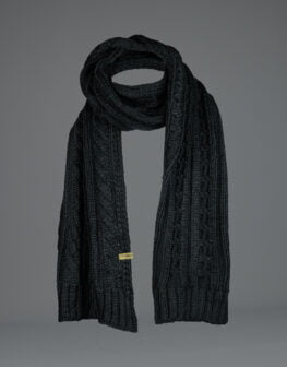 Cable Knit Scarf Black-1